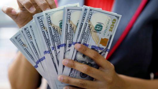 صورة الدولار عند أعلى مستوياته اليوم الاربعاء 29/9/2021 لهذا العام