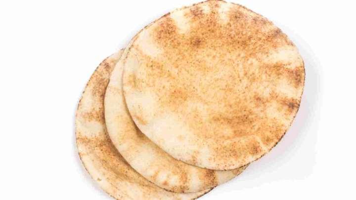 صورة تأكدوا جيدا على من توزعون الخبز