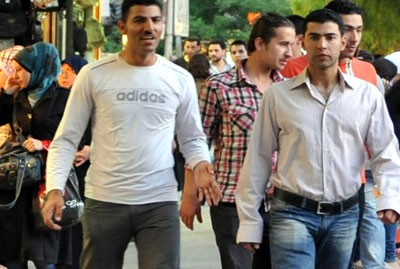 صورة احصائيه _ الرجل السوري الأكثر وسامة في العالم