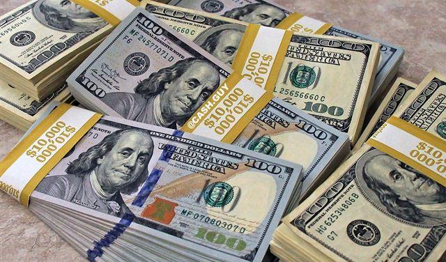 صورة سوريا تسمح بتسليم الحوالات بالدولار او الليره السوريه