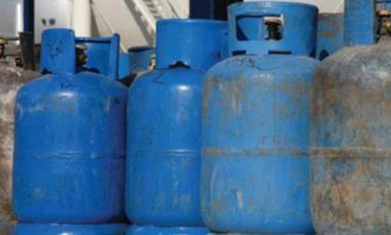 صورة تلاعب الموزعين بكميات الغاز المنزلي