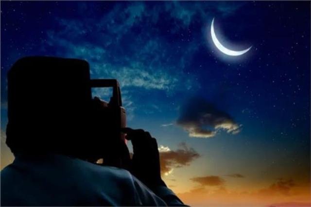 صورة عضو في هيئة كبار علماء السعوديه .. رمضان هذا العام 30 يوما لسببين
