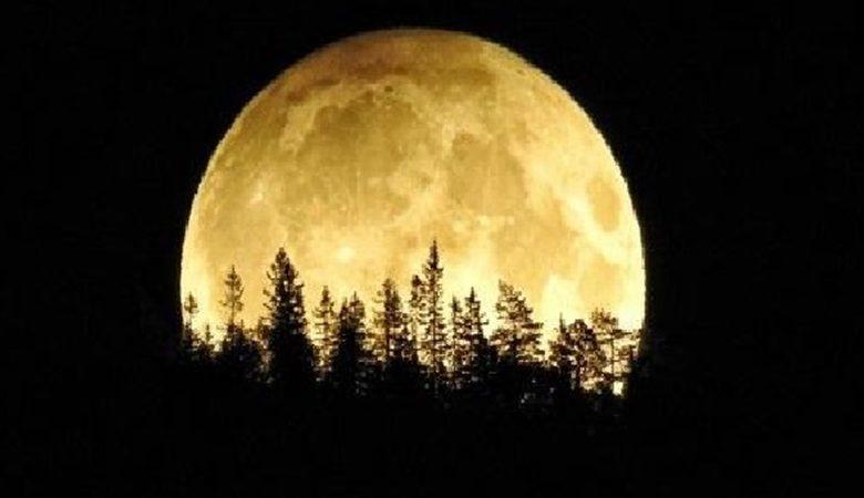 صورة قمر الحصادين ظاهره فلكيه مميزه تشهدها سورية ليلتي الثلاثاء والأربعاء